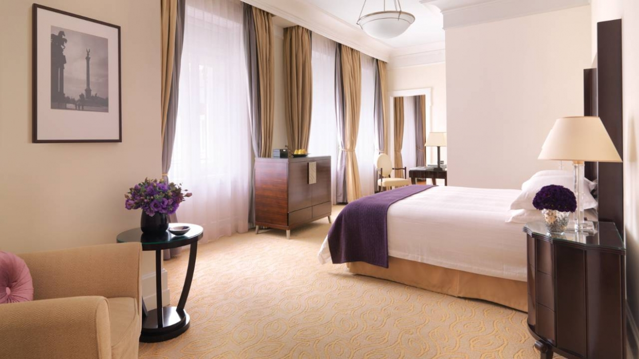 Budapest / Four Seasons Hotel Gresham Palace