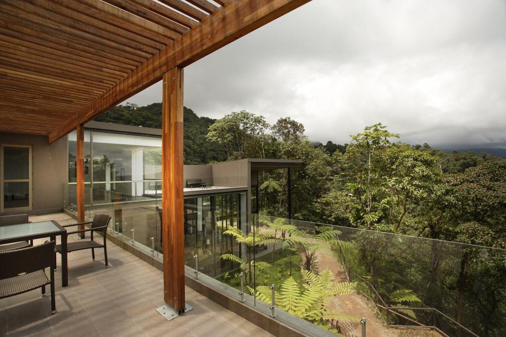 Ecuador / Mashpi Lodge