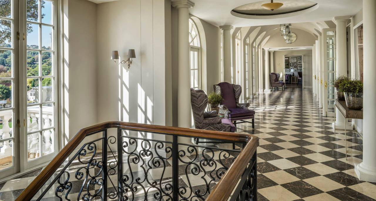 Foyer Luxury Zoo : Four seasons westcliff johannesburg hotels style