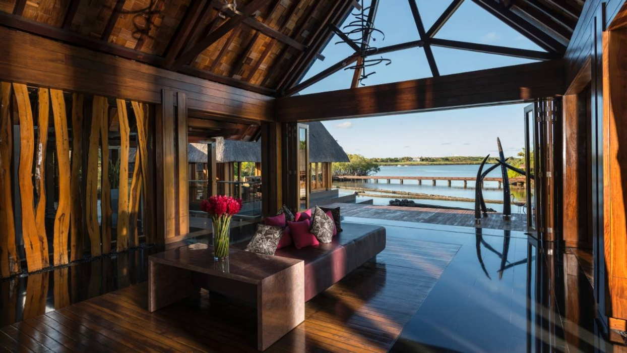 Four seasons resort mauritius at anahita hotels style for Design hotel mauritius