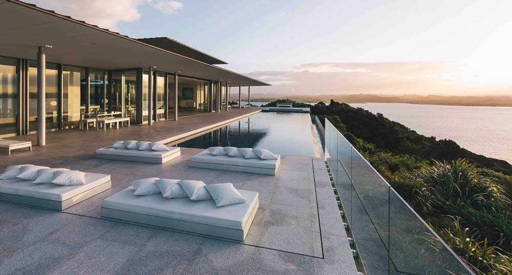 North Island / Eagles Nest, Russel