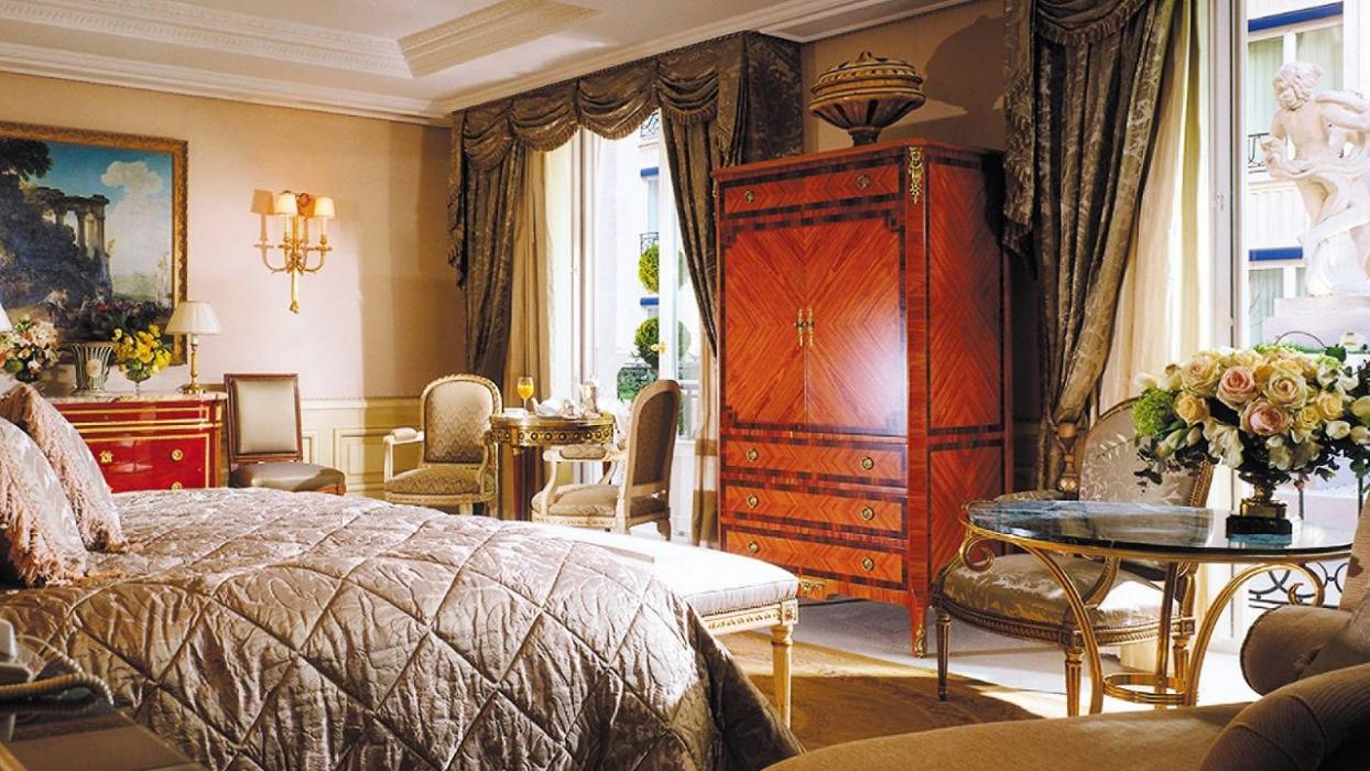 Four Seasons Hotel George V Paris Rooms
