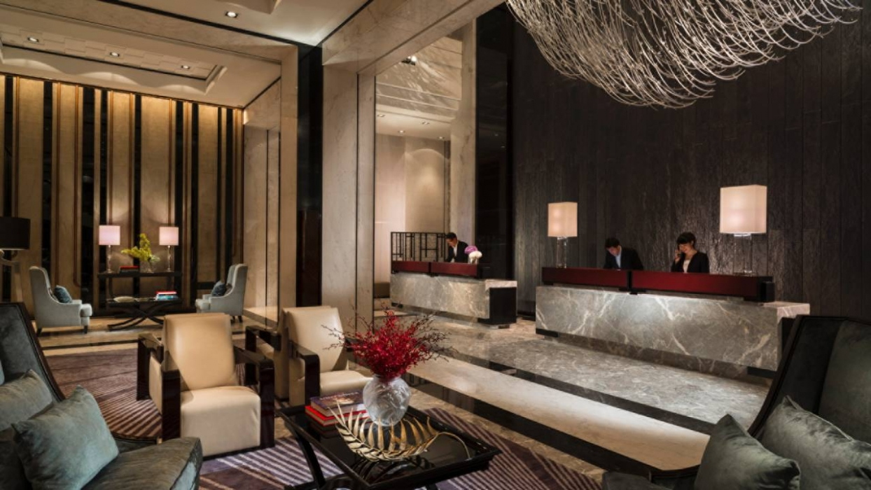 Four Seasons Hotel Shanghai Pudong Hotels amp Style