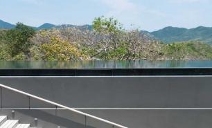 Vinh Hy Bay / Amanoi