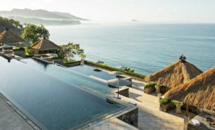 http://hotelsandstyle.com/wp-content/uploads/ngg_featured/bali-amankila-3-306x185.jpg