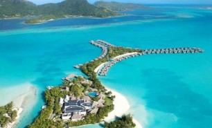 http://hotelsandstyle.com/wp-content/uploads/ngg_featured/bora-bora-st-regis-9-306x185.jpg