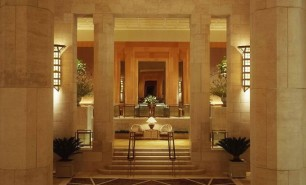 http://hotelsandstyle.com/wp-content/uploads/ngg_featured/four-seasons-hotel-new-york-10-306x185.jpg