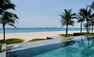 http://hotelsandstyle.com/wp-content/uploads/ngg_featured/hoi-an-the-nam-hai-19-306x185.jpg