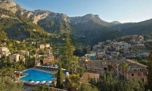 http://hotelsandstyle.com/wp-content/uploads/ngg_featured/mallorca-la-residencia-in-deia-18-306x185.jpg