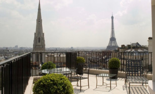 http://hotelsandstyle.com/wp-content/uploads/ngg_featured/paris-four-seasons-hotel-george-v-paris-1-306x185.jpg