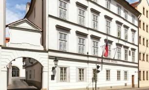 http://hotelsandstyle.com/wp-content/uploads/ngg_featured/prague-the-augustine-hotel-4-306x185.jpg