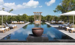 http://hotelsandstyle.com/wp-content/uploads/ngg_featured/turks-caicos-amanyara-12-306x185.jpg